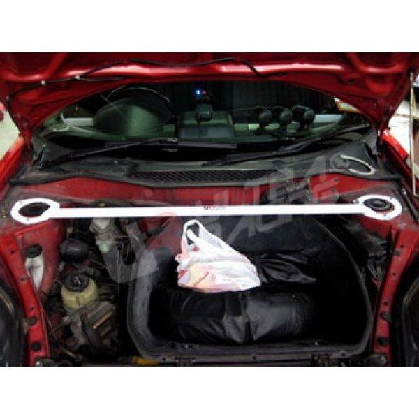 Ultra Racing Domstrebe vorn oben 2-Punkt - 99-07 Toyota MR2 (W30) 1.8 (2WD) (RHD Modelle)