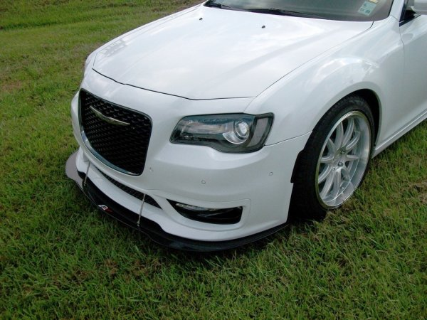 APR Performance Frontsplitter - 17+ Chrysler 300C SRT8